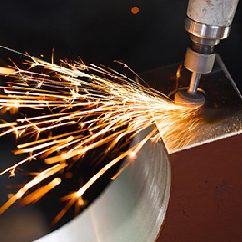 鋼材加工販売事業